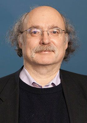 "F. Duncan M. Haldane, The Nobel Prize in Physics 2016: ""for theoretical discoveries of topological phase transitions and topological phases of matter"""