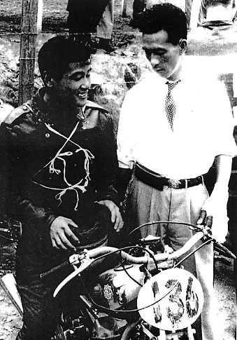 左:大村美樹雄