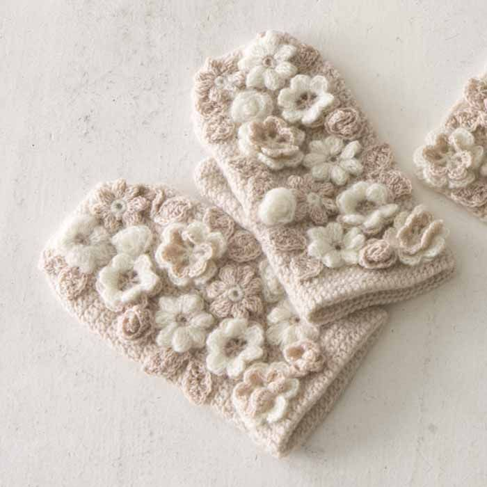 Beautiful mittens with crocheted flower appliques