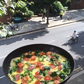 """""""Good morning everyone!! Try my tasty chilli & chorizo omelette with @lucybeecoconut #leanin15 """""""
