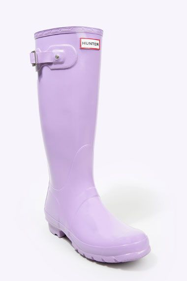 They have so many great colors at Nordy's!! Saw them at UTC!! I would love to have a pair ;)