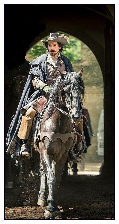 The Musketeers - Aramis, promo still BBCA (full)