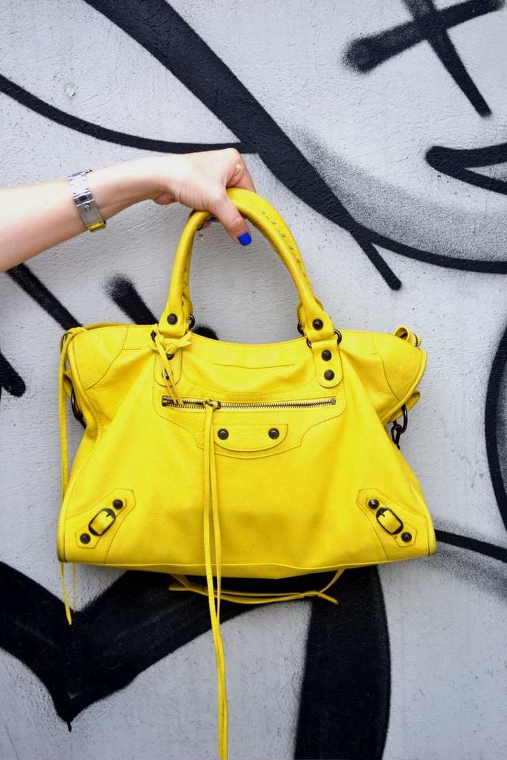Yellow... Balenciaga bag!! Tried this in for size and 'tis gorgeous!!