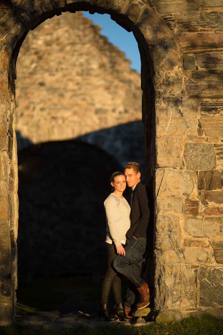 A Love Session from Norway by Angelworx Photography - Angelie Hafzullah. See more at: http://norwegianweddingblog.blogspot.no/2013/11/forlovelses-session-pa-nes-i-akershus.html