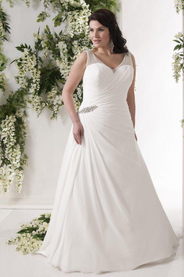 Emb-fashion, Bruidsmode voor de volslanke bruid!! Vanaf maat 44 t/m maat 70!! Bel of mail voor een pasafspraak. ☎️06-51261702  info@emb-fashion.nl #Callista #winterbruid #curvybride #curvybrides #brides #bridal #engagement #engaged #bridetobe #sayyestothedress #curvy #curves #boldncurvy #beatyateverysize #confident #loveyourbody #thickchick #fatshion #plussizebridal #plussizebride #plussize #weddingdress #Love #Bruid #plussizeweddingdress #