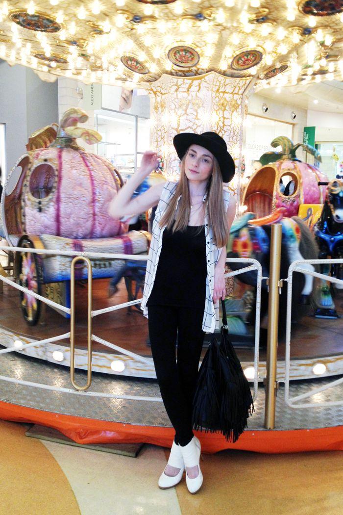 http://www.mysightofbeauty.com/carousel-ride/ #ootd