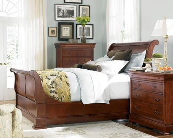 Thomasville King Street Sleigh Bed Housewife