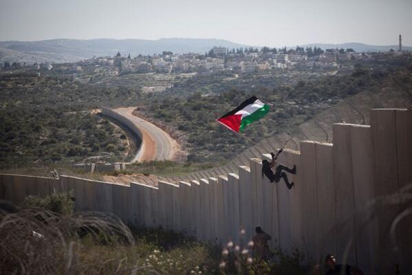 #Cisgiordania: il villaggio di Bil'in commemora 9 anni di lotta contro l'occupazione