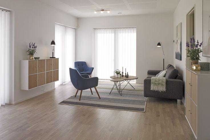 Hyggeligt stue i moderne retro stil.