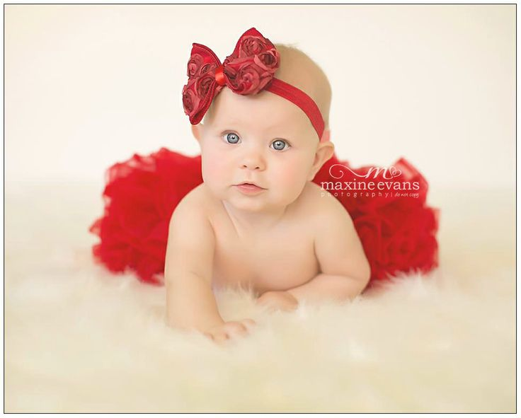 Valentine's Day Baby Pictures. Mini Sessions. Los Angeles Baby Photographer Maxine Evans. For information on our Valentine's Day Mini Sessions, please sign up for our mailing list here:http://mad.ly/signups/97298/join