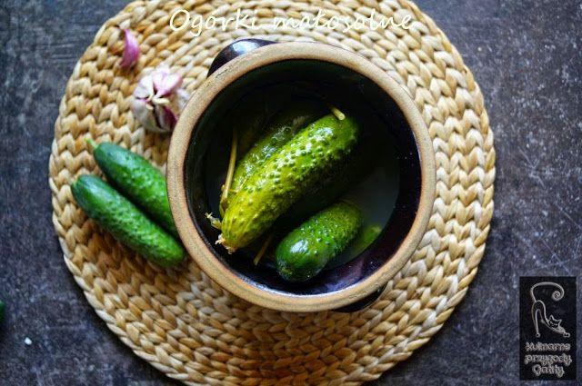 Kulinarne przygody Gatity: Jak zrobić ogórki małosolne