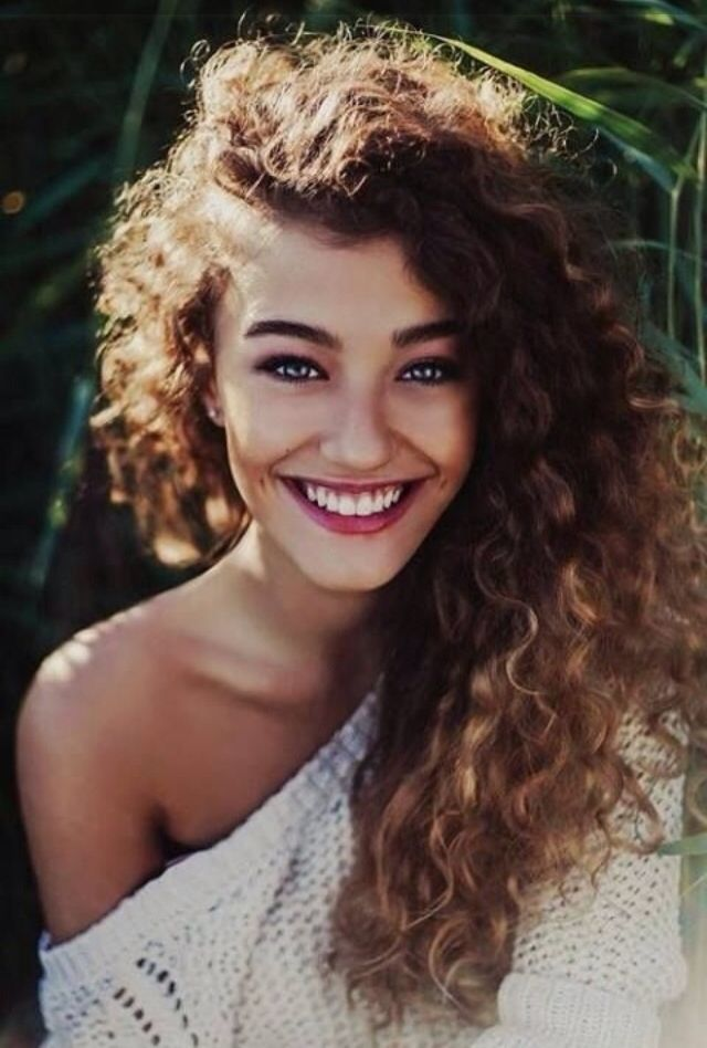 No girl is ever truly happy with her hair. If it's short, you'd like it to be long. If it's thin, you'd like it to be thick. And in my case, when it's straight, you'd like it to be curly like this. Wow she is just gorgeous!