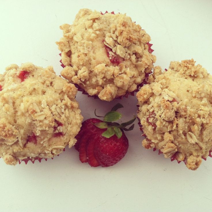 Strawberry Rhubarb Muffins | Desserts | Pinterest