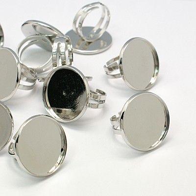 Baza inel cu platou mare pentru cabochon de 23mm, diam interior inel 17mm, argintiu nichelat
