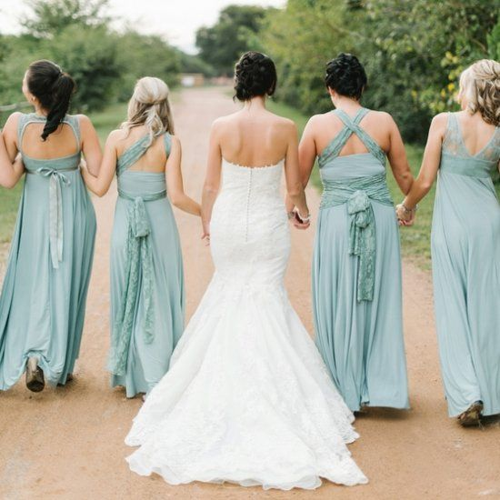 We love the romantic styling in this contemporary rustic wedding - not to mention the pretty seafoam bridesmaids gowns! (Louise Vorster)