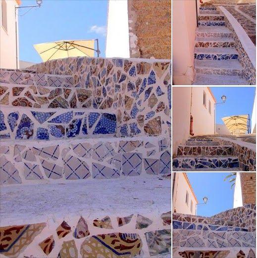 Museo #MeTe. Gradinata realizzata con maioliche e mattonelle d'epoca. Quartiere Casale, Siculiana - Agrigento