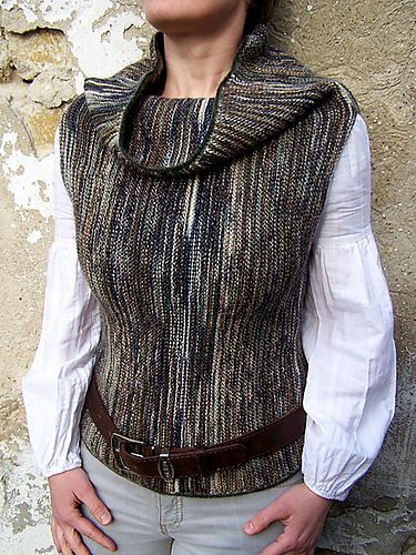Knitting pattern in 3 different sizes