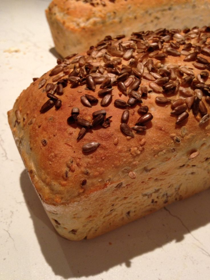 Brød med frø / bread! Recipe and tutorial in pictures.