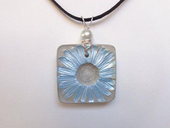 Concrete necklace - Real daisy necklace - Real flower necklace - Concrete flower - Concrete jewelry - Concrete pendant - Concrete art