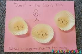 Daniel in the lion's den - so simple and cute!