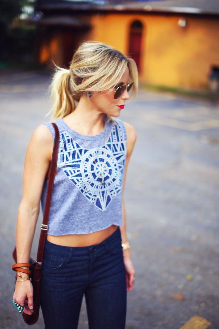 Love this relaxed look, the flares, the crop top, the styling. Everything.