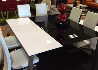 STF - DANIELS LARGE EXT DINING TABLE0