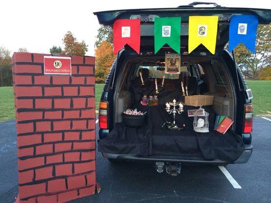 hogwartsharry potter trunk or treat halloween decorationshalloween - Halloween Trunk Or Treat Decorating Ideas