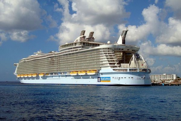 10 Best Ideas About Cruise Ships On Pinterest  Carnival