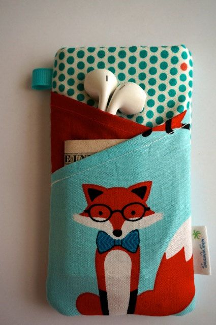 $15 www.seasidesew.etsy.com Fox iPhone 5c Case. Water resistant and padded iPhone 5s case with 2 pockets.