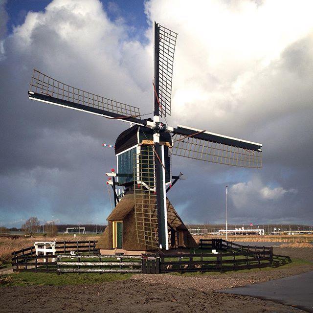 #windmolen #munnikenmolen #munnikenpolder #windmill #mill #dutch #dutchmill #leiderdorp