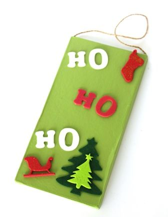 The decorating options are limitless using our plain plaque. Great Christmas project or to use as a gift.