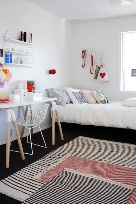 great kids room, layered rugs, two toned desk