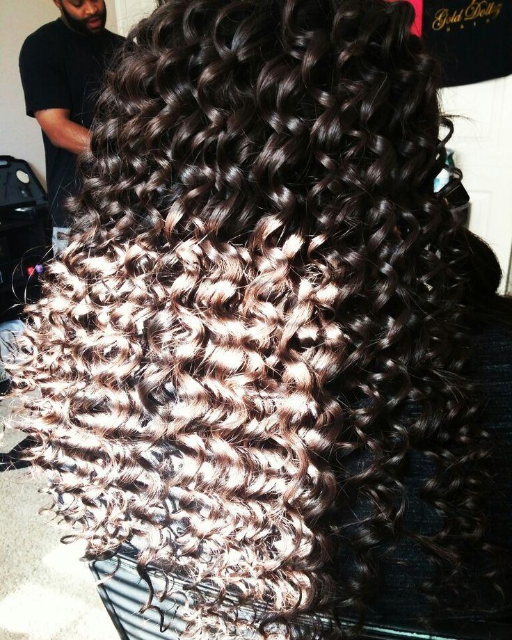 Beautiful Wand Curls #golddollazhair #houstonhairstylist #houstonhair #humbletxhair #humbletx #houston #hairstylist #healthyhair #curls #sewin #summerhair