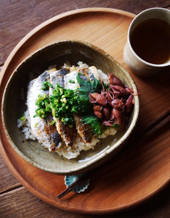 What I ate this morning: 2014/02/26 sauteed horse mackerel and firefly squid on rice