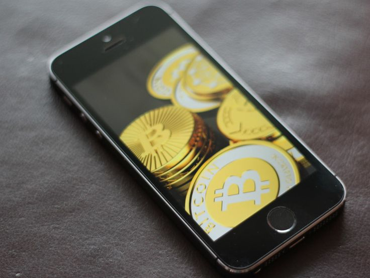 Download a Bitcoin Wallet App to Your iPhone