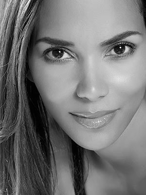 """""""When I was a kid, my mother told me that if you could not be a good loser, then there's no way you could be a good winner."""" Halle Berry"""