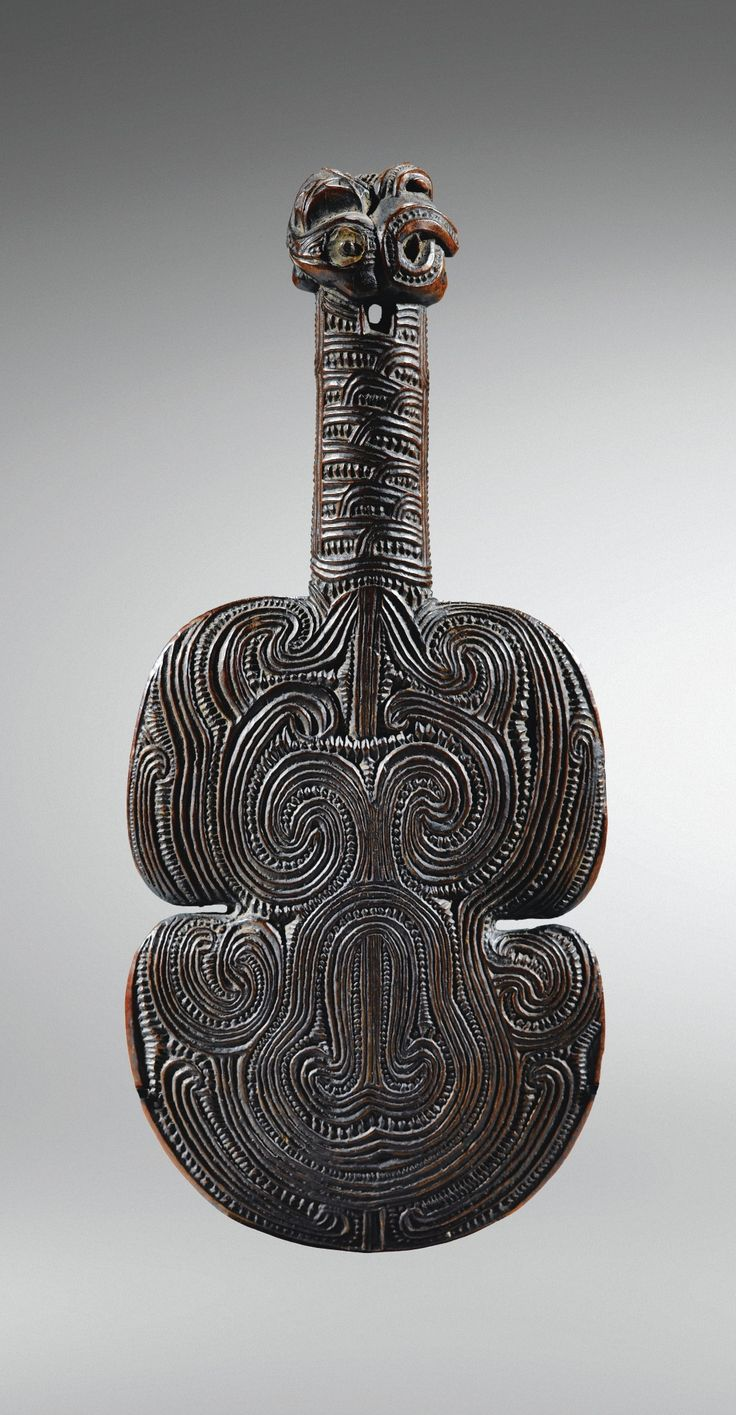 Massue courte en bois, Maori, Nouvelle-Zélande | Lot | Sotheby's
