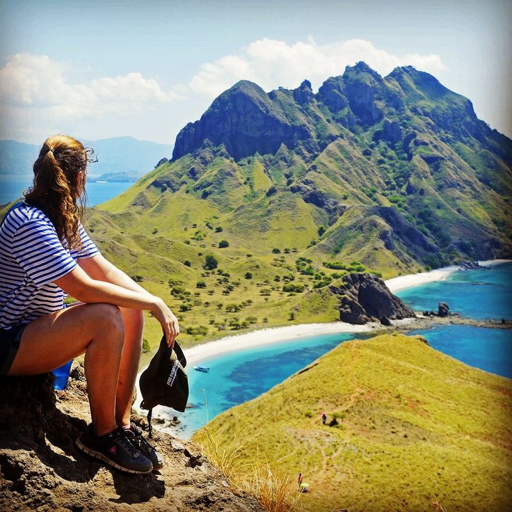 HUB WA.LINE.HP 082 144 999 975 EXPLOREKOMODOFLORES TOUR SEMANGAT UNTUK MEMBERIKAN YANG TERBAIK EXPLORE KOMODO FLORES 4HARI 3MALAM Explore Komodo Flores Location: Flores Price: 3,550,000 Book Now! 1.Day City tour ke gua rangko ( gua yang didalam gua terdapat air laut dan anda bisa berenang ) di lanjutkan ke Gua baru cermin dan di teruskan ke bukit sivia untuk menikmati sanset dan droping ke hotel istirahat dan makan malam. 2.DAY Jam 6 pagi Penjemputan di lanjutkan ke Pelabuhan (naik kapal)…