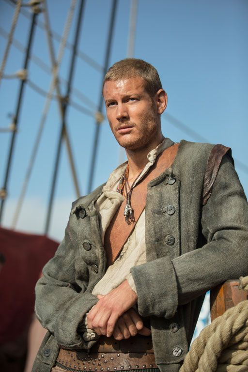 #Smiley360 #BlackSails #PiratesWanted ~Billy Bones: Black Sails Damn Billy Bones is smokin...TC