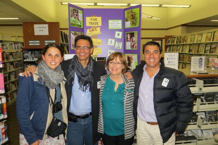 Felipe Echeverri Zapata, Courtney, Jorge y  Lucy Lowry en la Bibilioteca Taylor, North Markato.