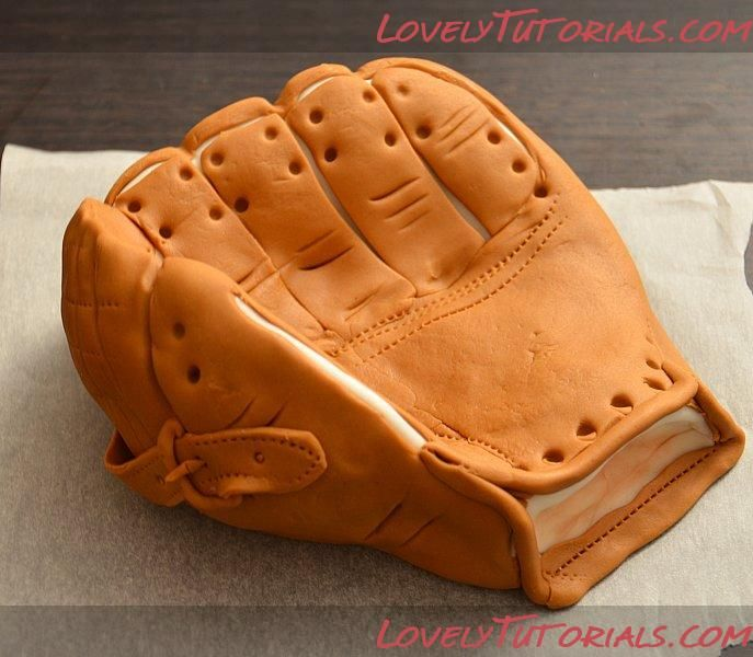 Baseball glove cake topper how to