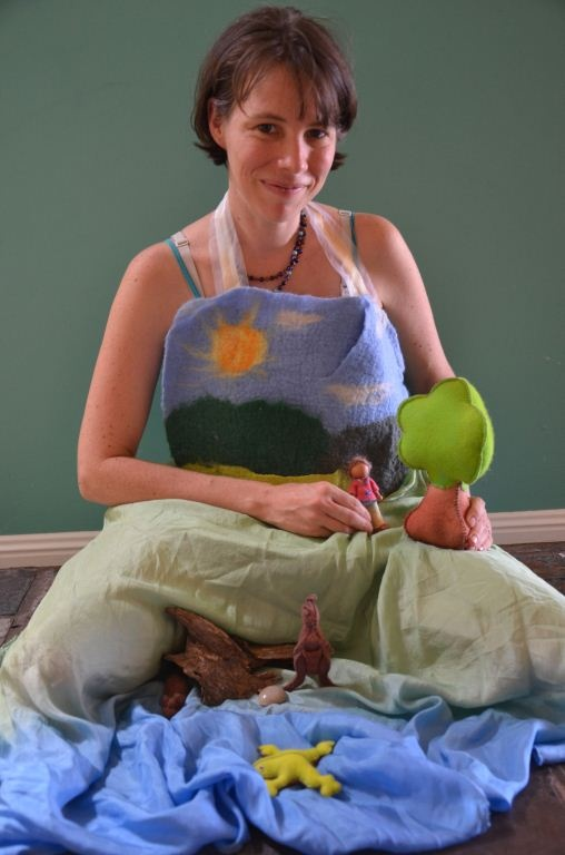 Using a story apron and already having a setting down. With pockets in the apron…