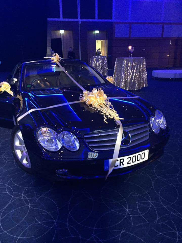 Sir Cliff's Mercedes with private number plates was auctioned for £50k