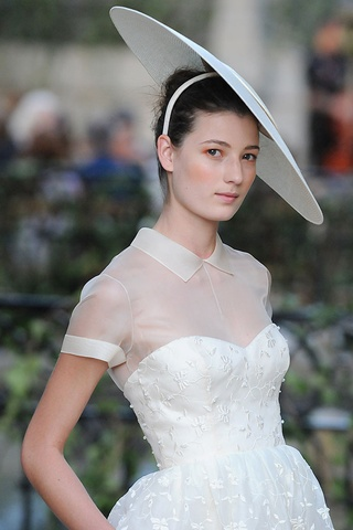 DelPozo 2013... @Nicole Rivera Hartery totally think you and I could be friends! Love your pinterest!