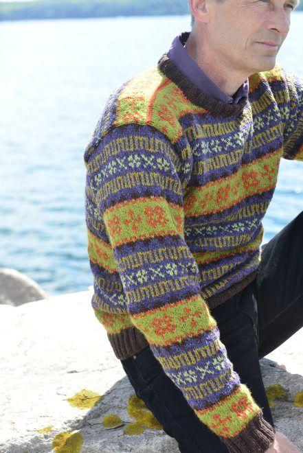 Faroese Jumper Knitting Patterns : Retro Faroese Sweater green/purple. Kits for my book FAN?STRIK - Colours of F...