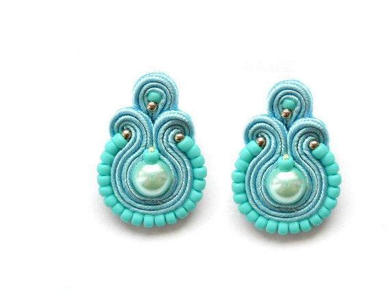 Earrings made in the soutache technique.  With glass pearls and TOHO beads.  In blue color.    With ear pins and silicone plugs (2 pairs)    Finished with a thin layer of felt. Impregnated.  Ideal as a gift, packed in elegant bag.    Dimensions :  total length - 3cm / 1.18in