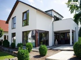Zwangsversteigerung Zweifamilienhaus in 22399 Hamburg, Müssenkoppel