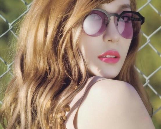 snsd: Tiffany Snsd, Snsd Tiffany, Glasses, Vogue Girls, Girls Generation, Tiffany Hwang, Girls Fashion, Fashion Magazines, Lips Colors