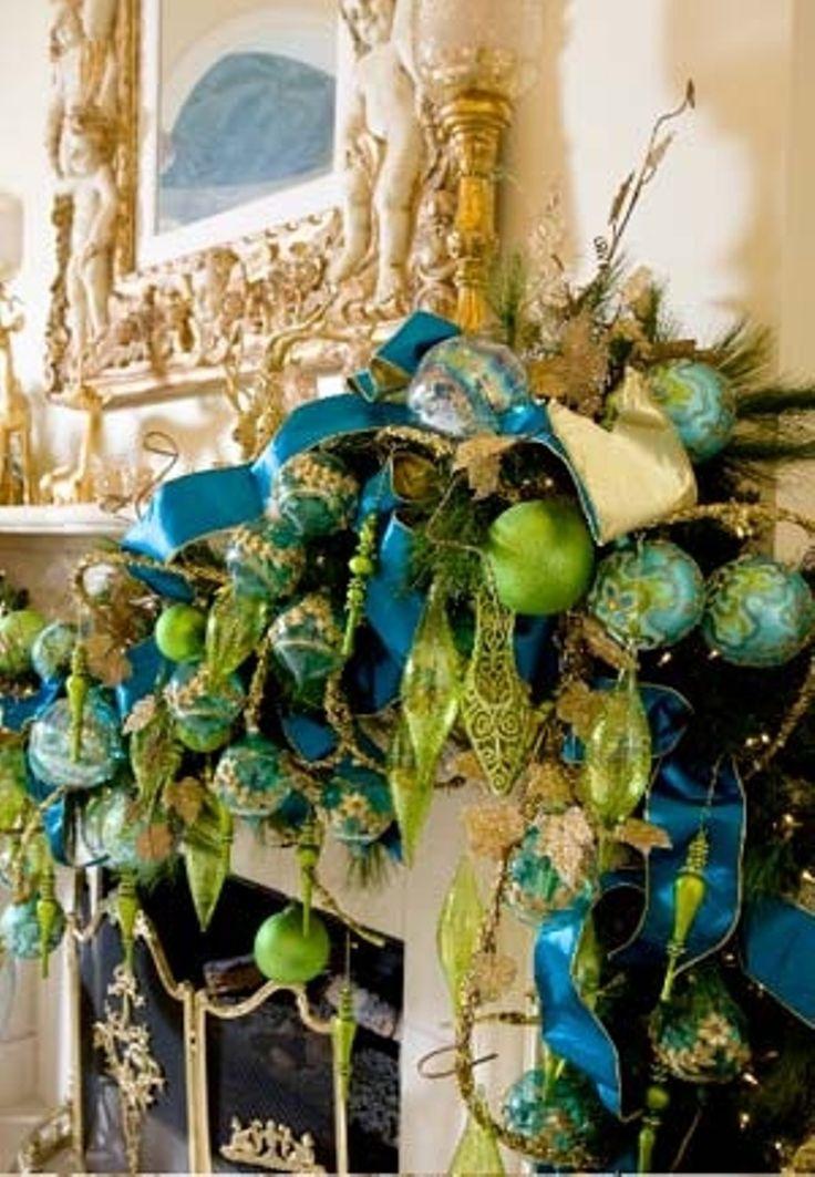 mantel christmas decorating 31 Best Christmas Mantel Decorating Ideas for 2013