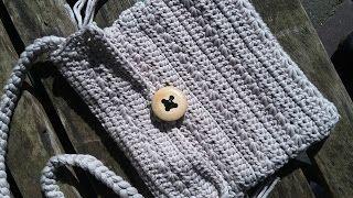 Een gratis Nederlands haakpatroon van een tasje gehaakt in de stersteek. Wil jij ook een leuk tasje haken? Lees dan snel verder over het haakpatroon.